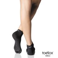 Нескользящие носки для йоги черные XS Toesox Ankle Full GRIP FT8 812035024476