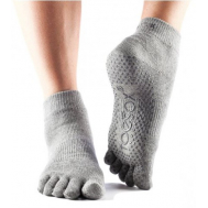 Носки серые М Toesox ANKLE GRIP FT 841090108326