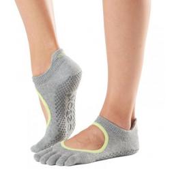 Обувь для йоги и пилатеса
