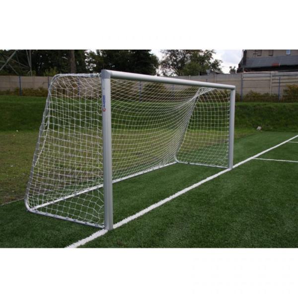 Алюминиевые футбольные ворота FIFA 5x2 м стационарные Polsport 9423BT