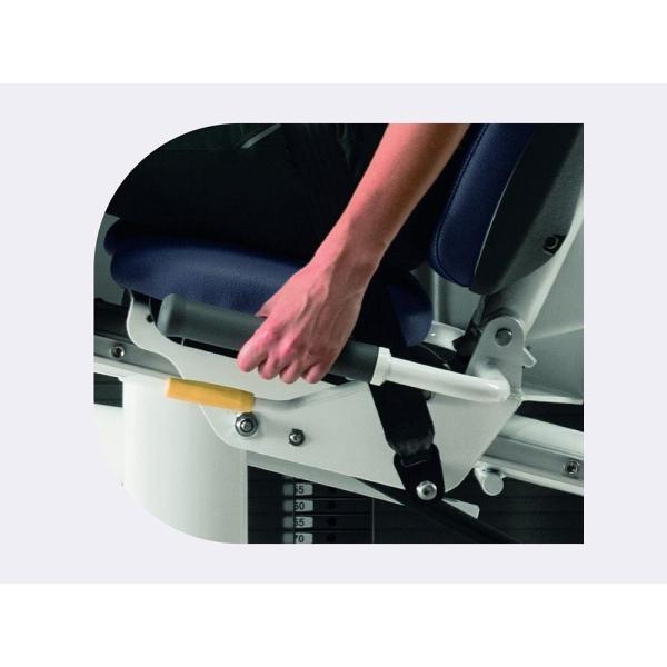 """Тренажер """"разгибание ног"""" Technogym Leg Extension MED CL96"""