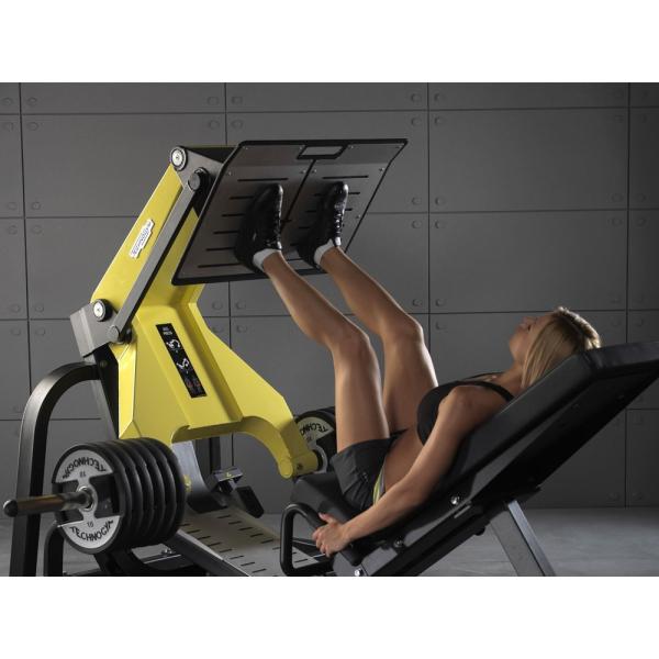 """Тренажер """"жим ногами"""" с дисковым нагрузкой Technogym LEG PRESS MG5000"""